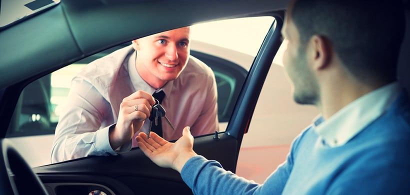 Где взять авто на прокат: у компании или у частника?